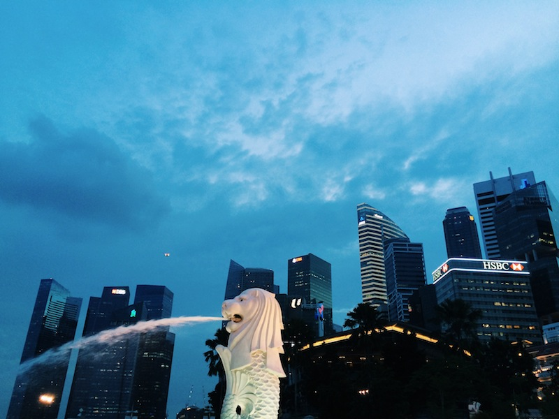 Take in the sights of Singapore for free on a city sightseeing tour