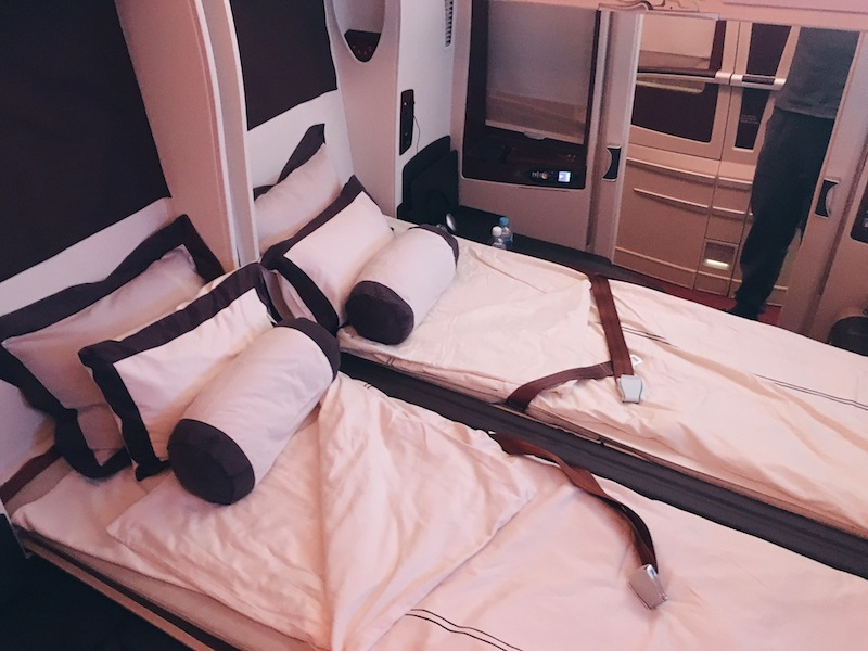 What It's Like To Fly In The Singapore Airlines Suites - Singapore To Sydney