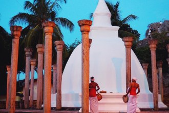 What to see and where to stay in Sri Lanka > Girl Tweets World