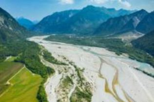 This new methodology can help interpret river processes at unprecedented levels of accuracy. © Fotolia, author: Stockr-mapping river