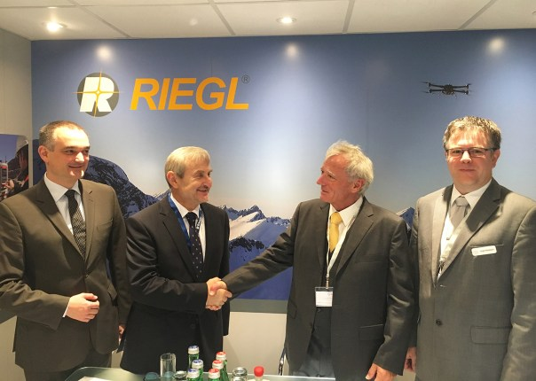 RIEGL VQ-1560i Launch Customer OPEGIEKA (from left to right: Jacek Krawiec, CEO of RIEGL's Polish distribution partner Laser-3D, Florian Romanowski, President of OPEGIEKA, Dr. Johannes Riegl, RIEGL CEO, Jürgen Nussbaum, RIEGL Director International Sales)