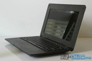 android netbook macbook air clone 300x201 This Android Macbook Air Clone Costs $76