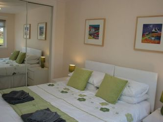 Twin bedroom at Flat on the Green 5