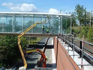 Glass bridge glazing