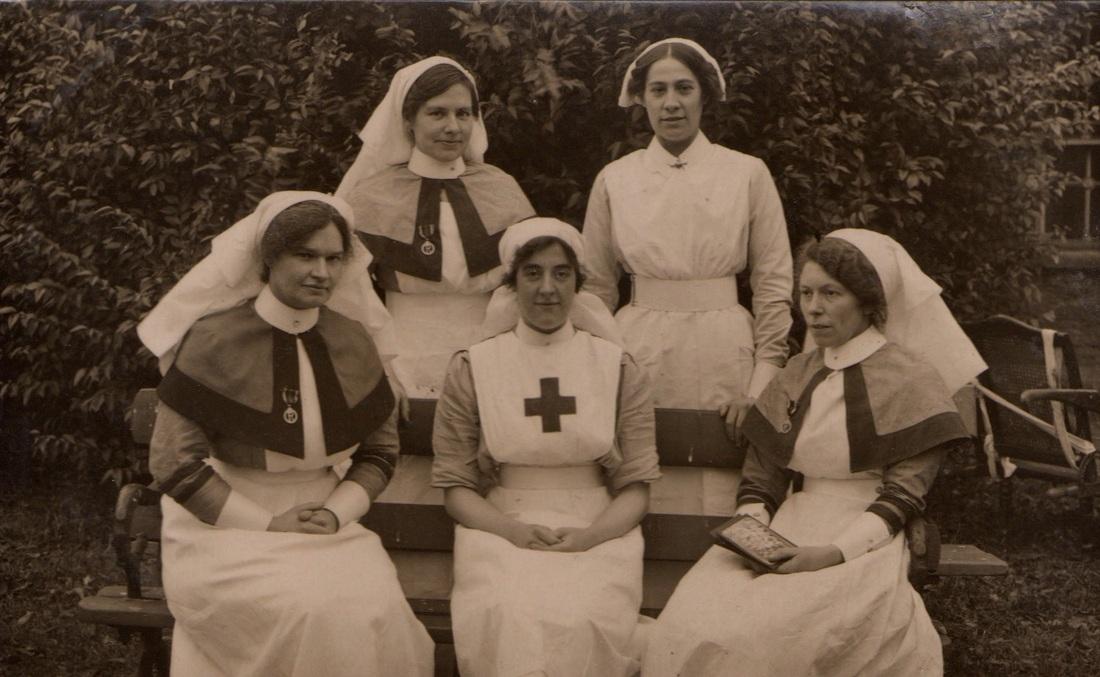 Beaufort War Hosptal Elsie bottom row on right