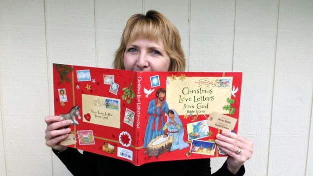 glenys-with-christmas-ll-book