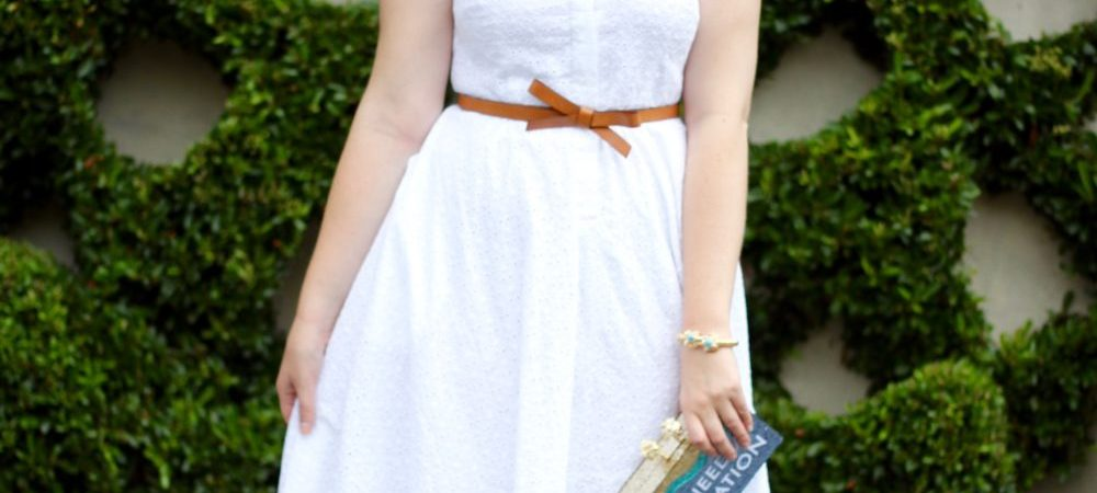 Casual White Dress aka the Ideal Picnicking Outfit