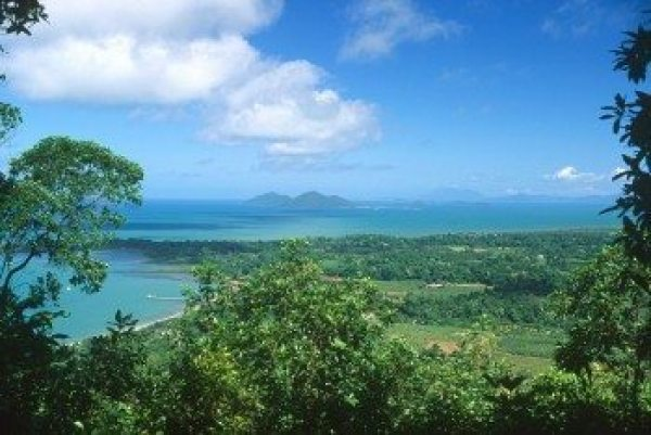 Views to Dunk Island over the Cassowary Coast and Mission Beach