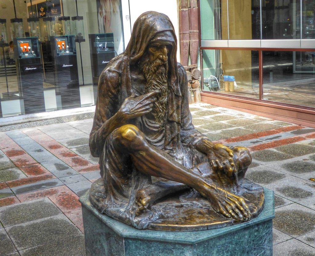Beggar statue in Skopje