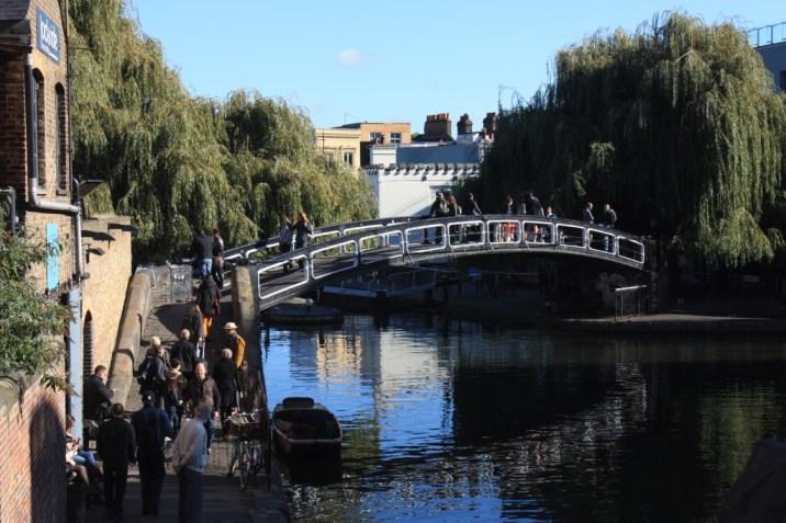En bord de canal à Camden - Londres