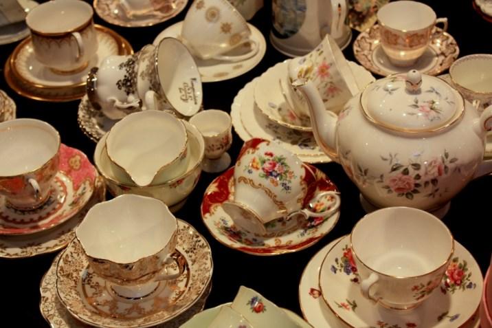 Porcelaine au marché de Notting Hill - Londres