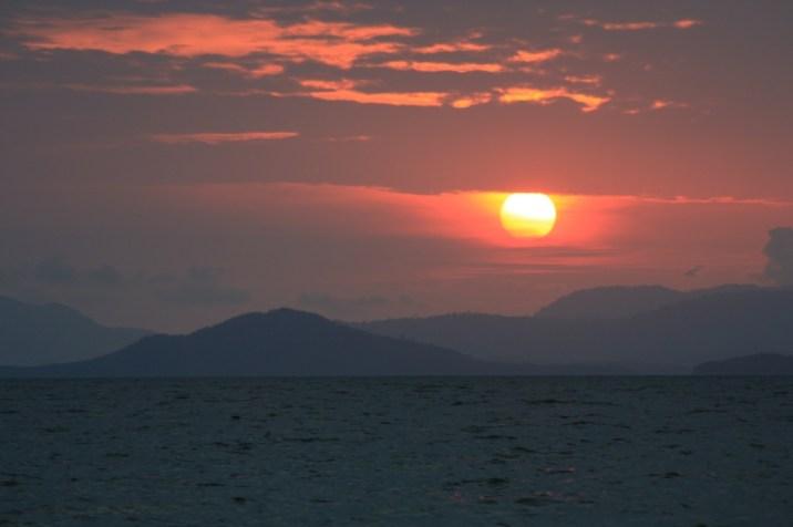 Coucher de soleil sur la plage de Lo Paret