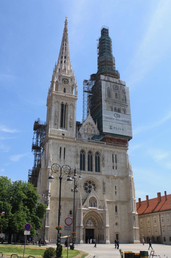 extérieur cathédrale - zagreb - croatie