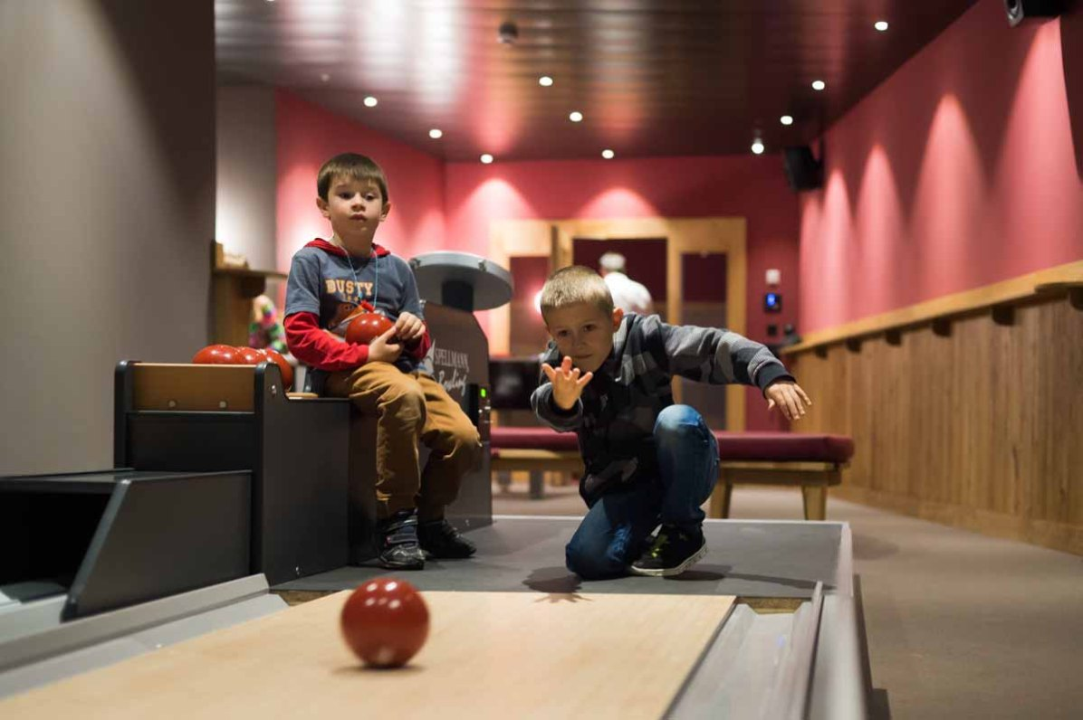Frutt Family Lodge Kinder Bowling