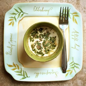 French Tarragon over Creamed Eggs