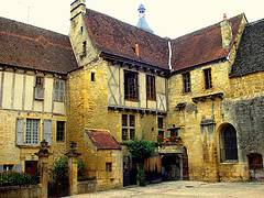 medieval house picture