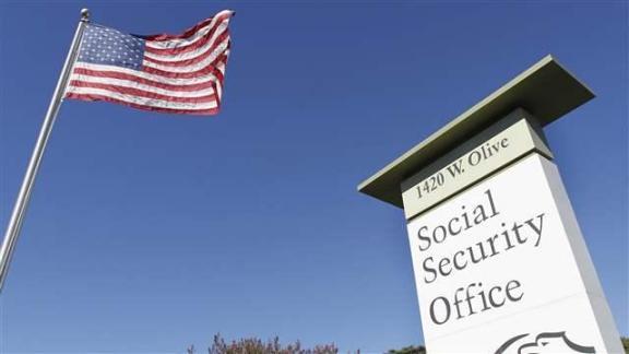 social_security004_16x9