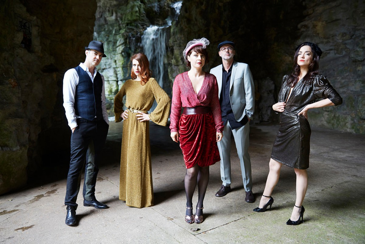 NEWS: Nouvelle Vague announce new album 'I Could Be Happy,' new EP 'Athol Brose,' and an upcoming tour