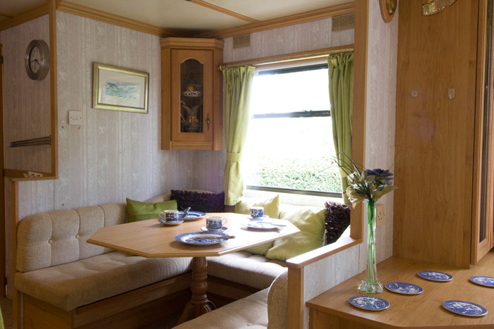 gogarth-farm-caravan-dining-area