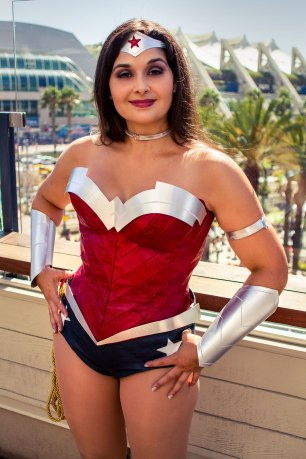 Golden Lasso Cosplay Wonder Woman New 52