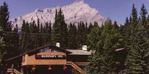 Bumper's Inn - Banff Golf