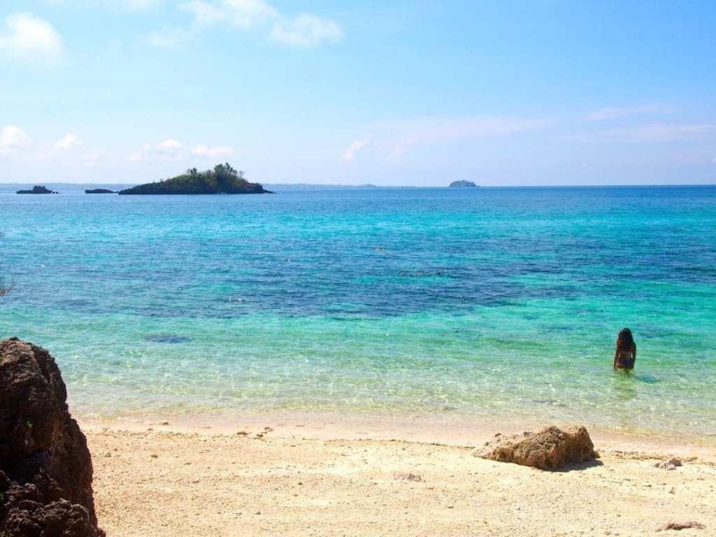 Wanderlust wednesday amazing beaches in southeast asia for Best beaches in southeast us
