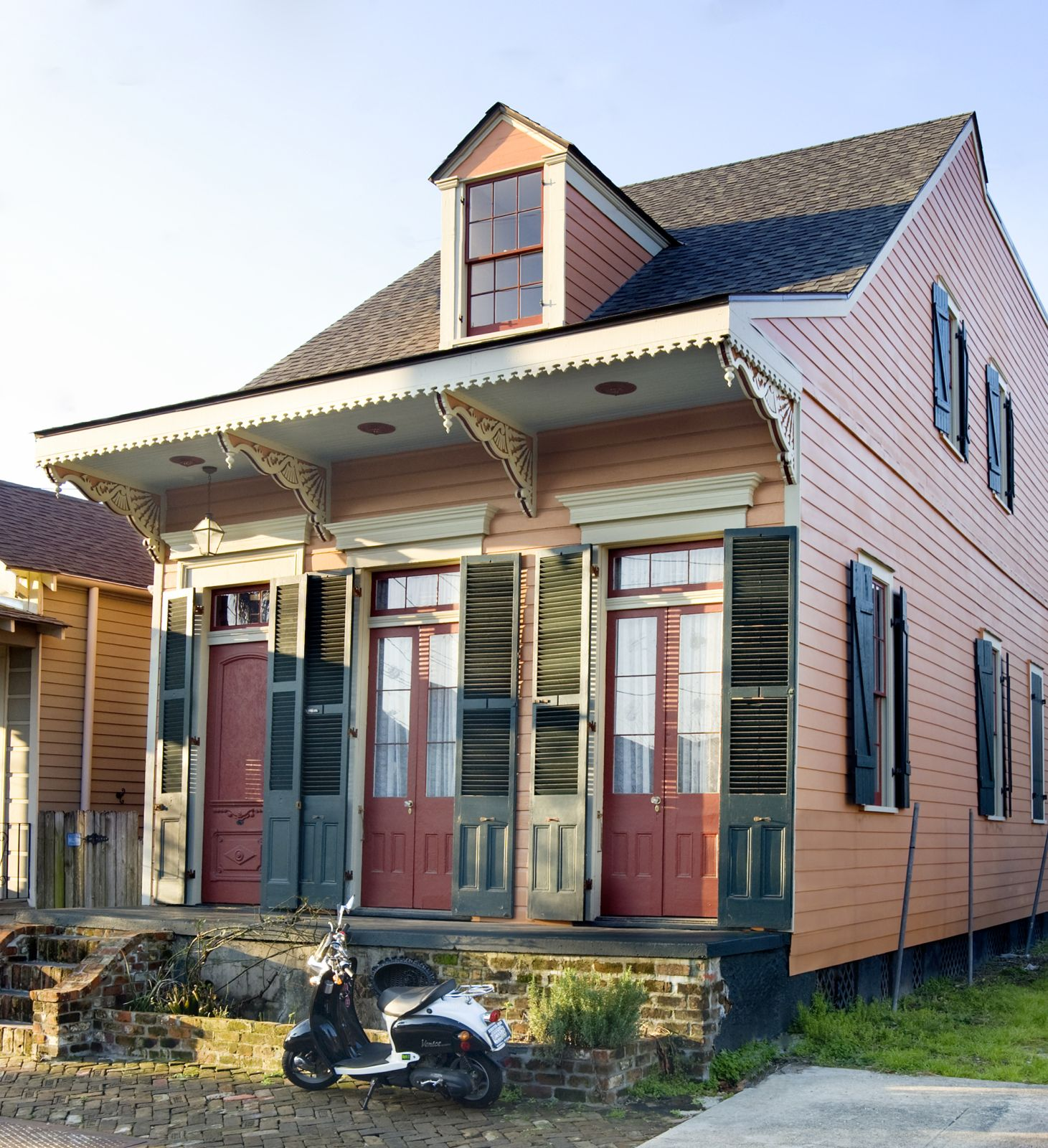 New orleans houses the creole cottage for Cajun cottages