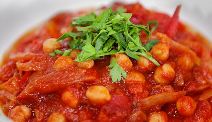 Spicy Tomato and Chickpea Stew - Good Chef Bad Chef