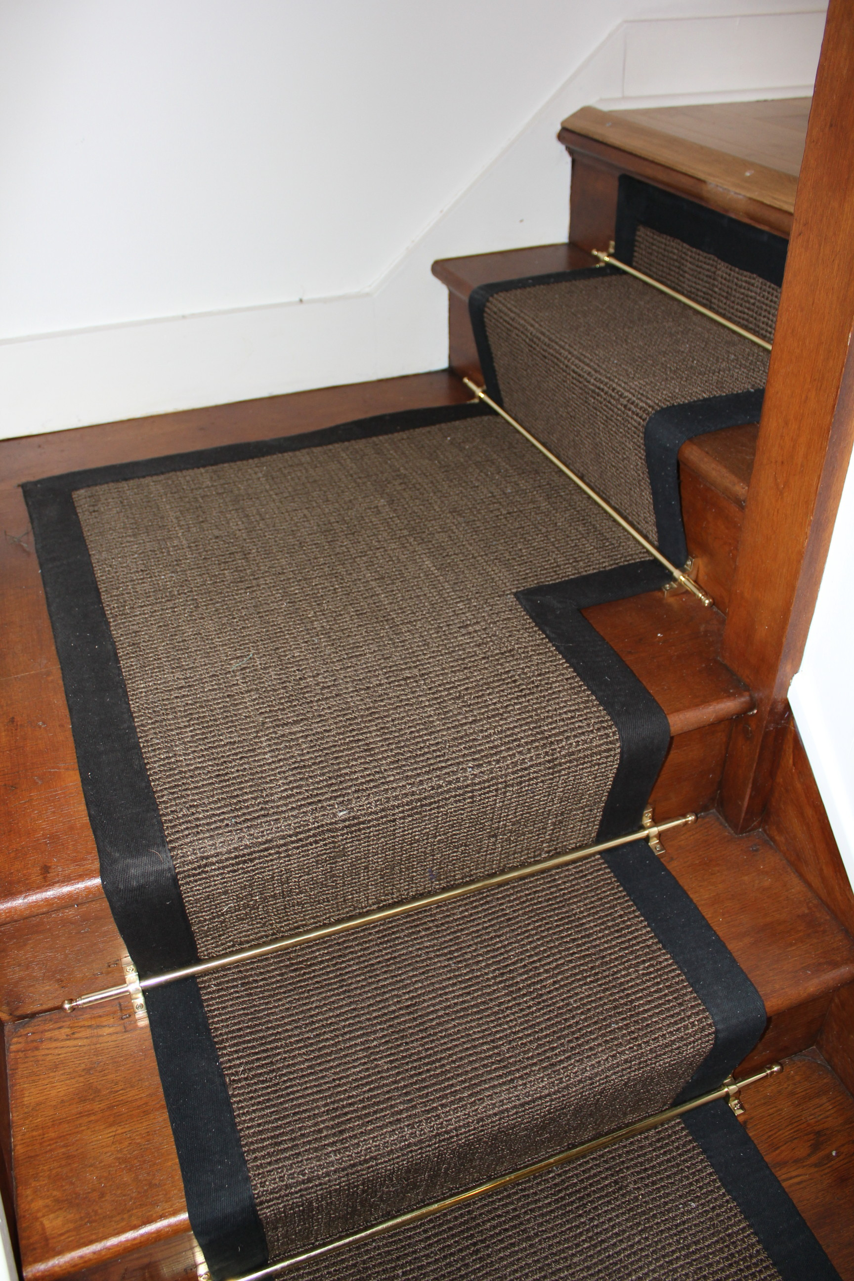 Fanciful Carpet Runner Goodworksfurniture Carpet Carpet Runner On Carpet Carpet Runner Landing Poqxumi Some Uses Stairs Stairs Nylon Or Polyester Carpet Stairs Uk houzz 01 Best Carpet For Stairs