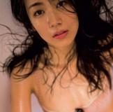 脱ぎ惜しみしない若手女優 瀧内公美がハメまくるセックス映画!?立ちバックで突かれて暴れ美豊乳w