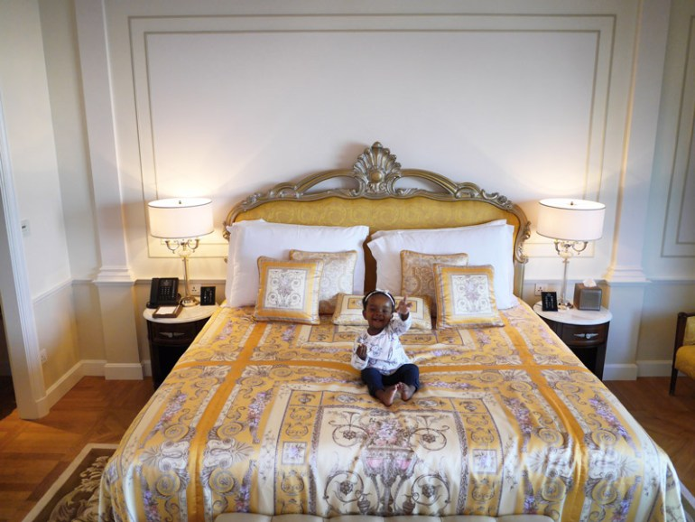 Palazzo Versace Dubai: Deluxe Creek View Room - Fit For a Princess