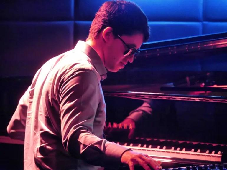 The Headline Act: American Jazz Pianist Justin Kauflin on the Keys