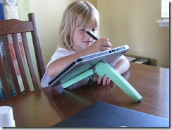 zoe tablet pc cricket stand 009
