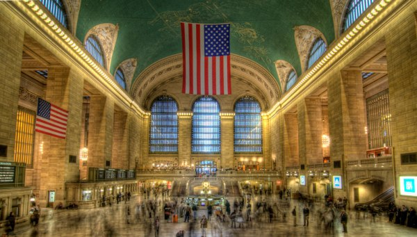 grand_central_hdr_wide_2