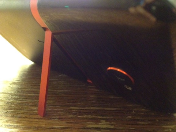 HTC Evo 4G LTE kickstand