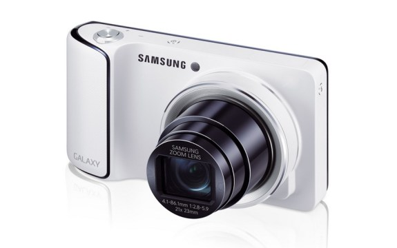 Samsung Galaxy Camera - Head On