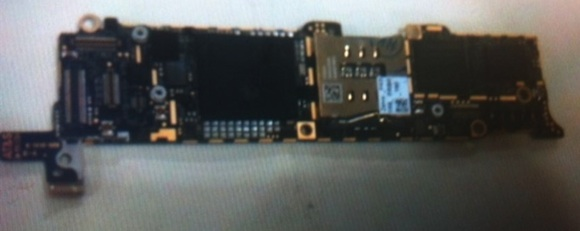 iphone_2012_logic_board_no_shield_front