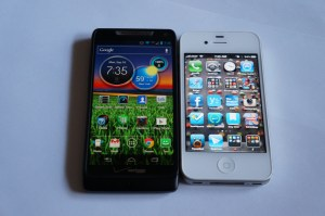 Motorola DROID RAZR M iPhone 4S comparison 1