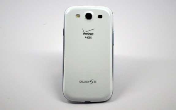 Verizon-Galaxy-S-III-Rear-620x389-575x36011