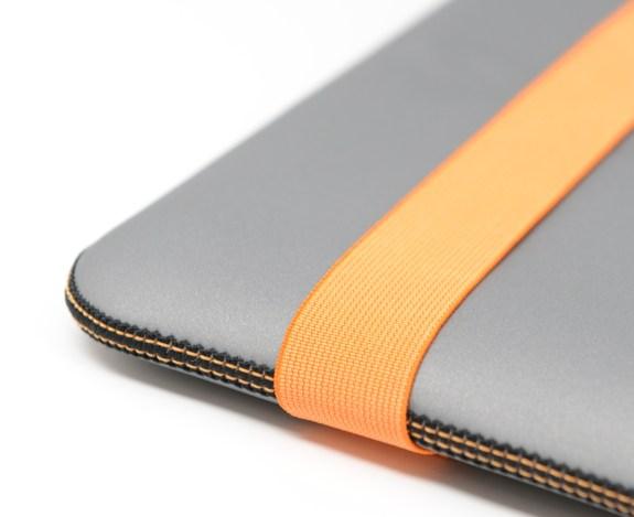 acme-skinny-sleeve-macbook-air 1