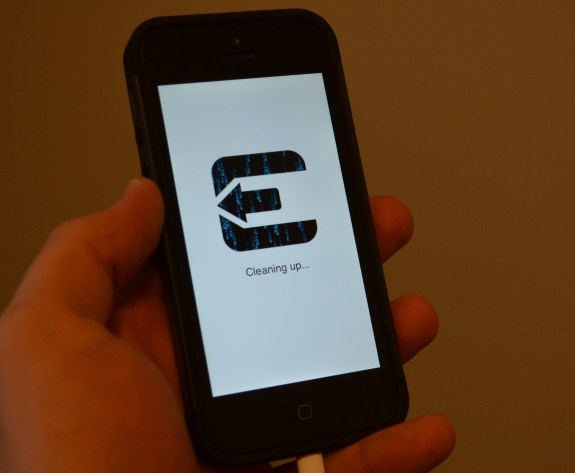 How to evasi0n iOS 6.1 Jailbreak - iPhone 5 - 4