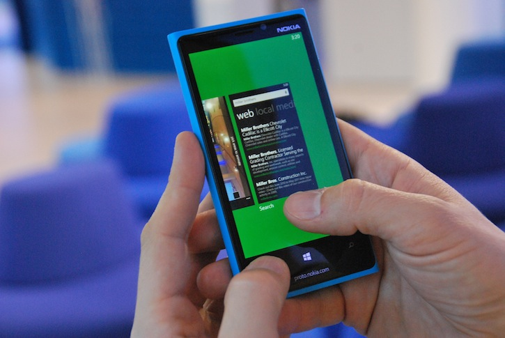 The multitasking screen in Windows Phone 8.