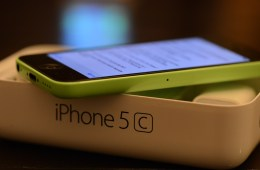 Walmart Black Friday 2013 iPhone 5c deal