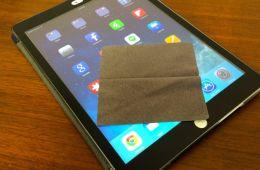 moshi ivisor ag with lint free cloth