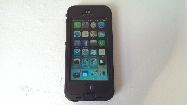The Lifeproof Nuud iPhone 5 case is waterproof with no extra screen protector.