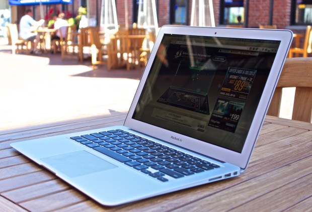 A MacBook Air Retina release could bring a better display to the MacBook Air in 2014.