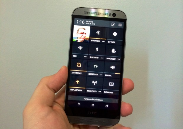 Here's how to access HTC One M8 settings quick, and to customize them.