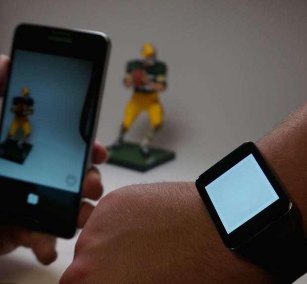 taking photos with the Google Camera and android wear smart watch
