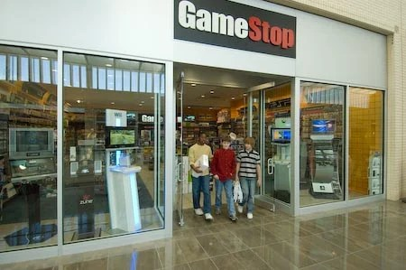 GameStop may still offer a midnight FIFA 15 release.