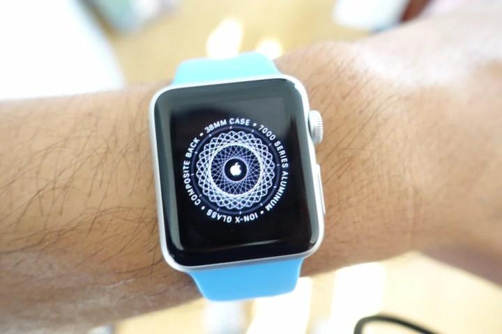 Apple Watch Sport vs Apple Watch - 5